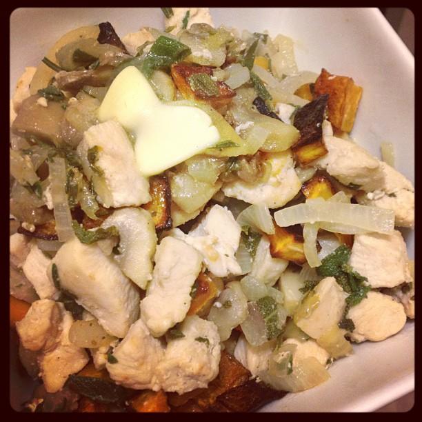 Sage Chicken – Thanksgiving in a bowl